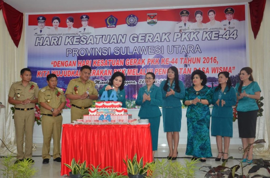 Gubernur Sulut, Sulawesi Utara,  Olly Dondokambey, TP. PKK Sulut, Ir Ritha Maya Tambuntuan,