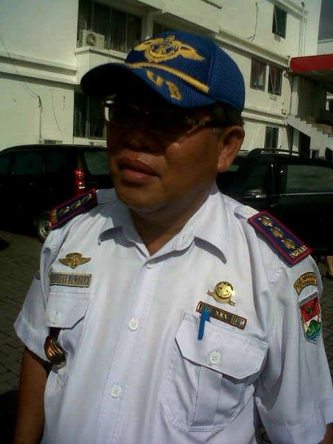 Dishubkominfo Mitra, Minahasa Tenggara , Drs Bernad Mokosandip