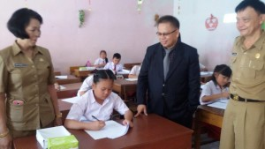 Siswa Berprestasi , Drs Gerardus E Mogi