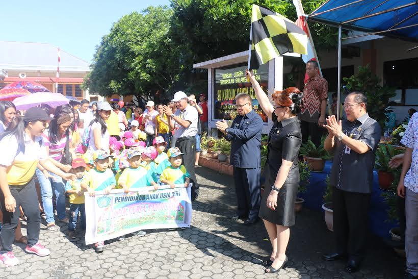 Wakil Wali Kota melepas peserta Pawai Bocah