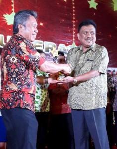 Bawaslu Sulut, Penghargaan , Frangky Donny Wongkar,