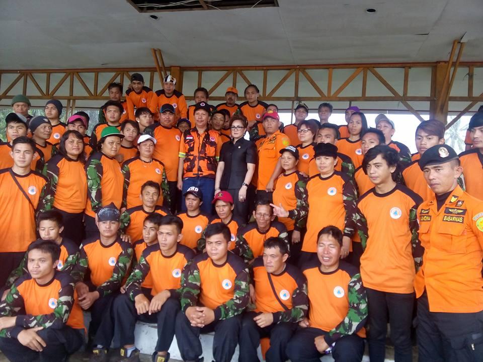 Wakil Wali Kota Tomohon menutup Pelatihan Penanggulangan Bencana di Kota Tomohon