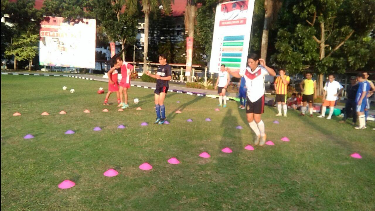 Pemain Futsal SIWO PWI Sulut sementara latihan