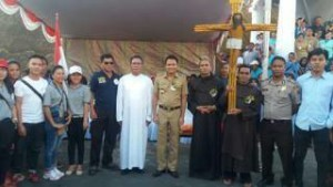 Salib Indonesia Youth Day, Salib IYD,  Keuskupan Manado,  Pastor Lexy Nangoy PR
