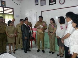 Gubernur Sulut, SmA N 1 Airmadidi