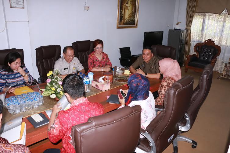 Rapat Pemkot Tomohon-BPK_RI yang telah menyelesaikan pemeriksaan selama 40 hari di Kota Tomohon