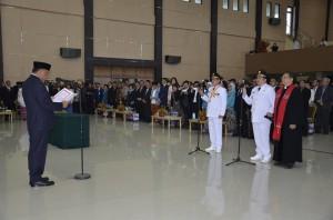 Gubernur Sulut Lantik Vicky-Mor sebagai Walkot dan Wawalkot Manado