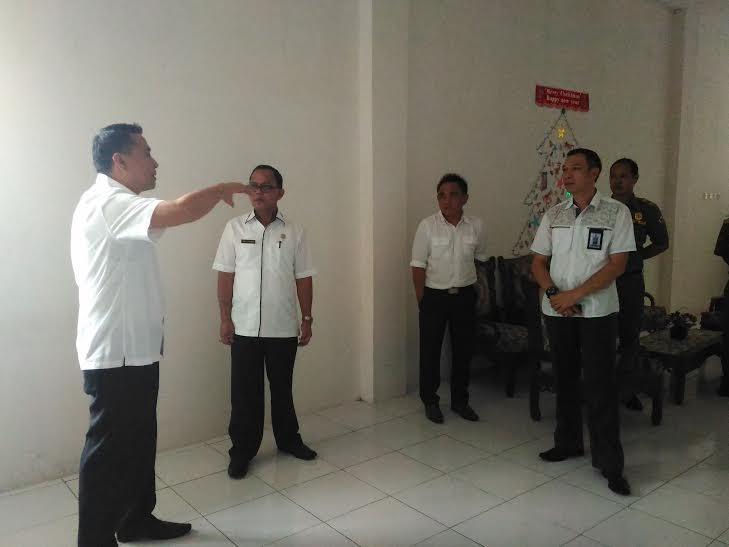 Kunjungan Wali Kota Tomohon di Satpol PP