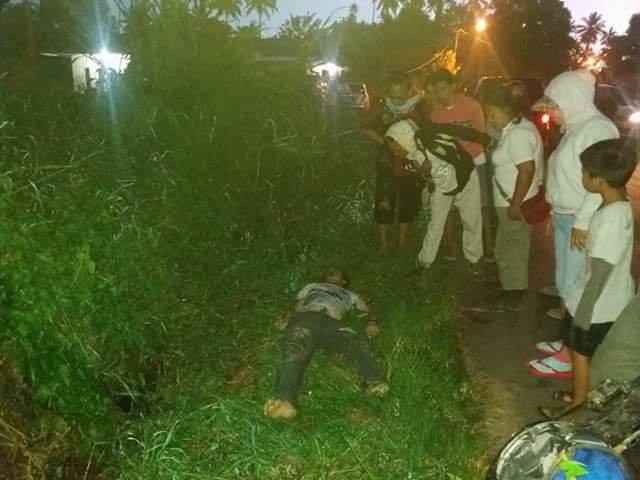 Korban Frangky Masinambow saat ditemukan warga di lokasi kecelakaan