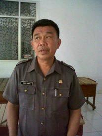 Kepala Dinas Kebudayaan dan Pariwisata Mitra Drs Robby Sumual
