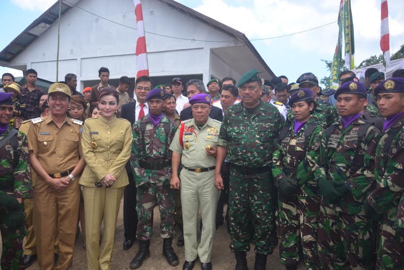 TNI Manunngal Masuk Desa KOdam VII Wirabuana di Minsel