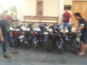 6 unit motor yang diamankan Tim Patola Polres Minsel saat aksi balapan liar di kompleks persimpangan Desa Kumelembuai