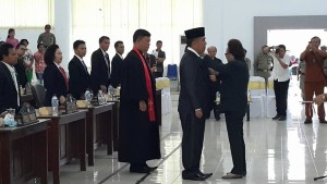 Andris Rumondor Resmi Gantikan John RM Sumual