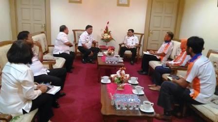 Gubenur Sulawesi Utara, Olly Dondokambey, Stok Beras ,  Stok Beras sulut, bulog, Sabaruddin Amirullah,