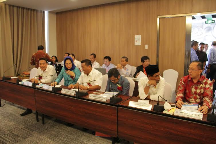 Wali Kota Tomohon hadiri RUPS Bank Sulut-Go