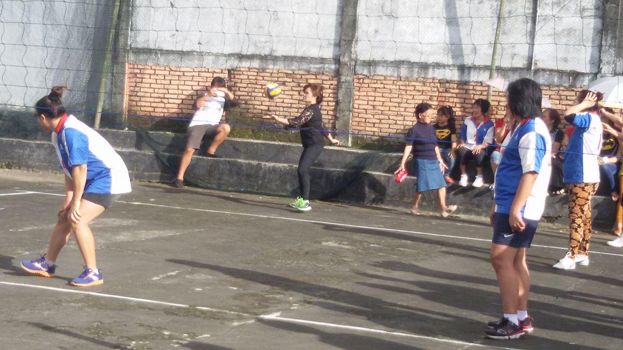 SAS ikut bertanding bola voli