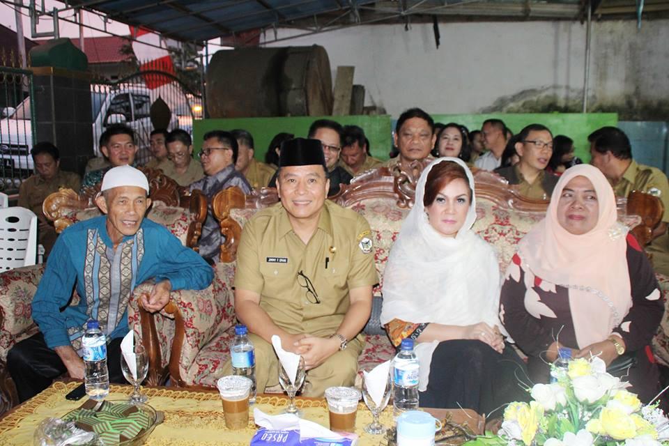 Wali Kota dan wakil Wali Kota Tomohon di safari Ramadhan dan Buka Puasa di Kampung Jawa