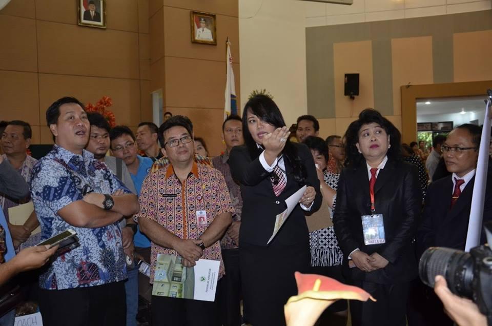 Kepala Balai UPTD Sistem Informasi Data dan Surveilance Dinas Kesehatan Provinsi Sulut dr. Devi Kartika Kandouw Tanos