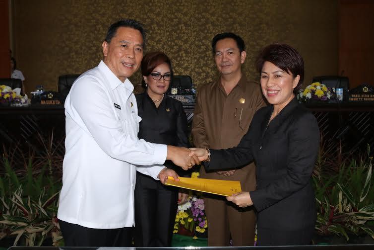 Persetujuan DPRD Tomohon tentang Pertanggungjawaban APBD Tomohon Tahun Anggaran 2015