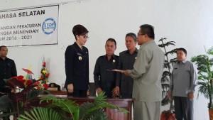 Sukses, Paripurna Ranperda Pembicaraan Tingkat Dua RPJMD 2016-2021 Kabupaten Minsel1