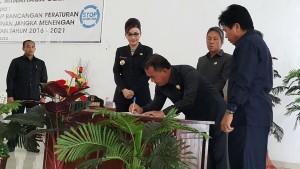 Sukses, Paripurna Ranperda Pembicaraan Tingkat Dua RPJMD 2016-2021 Kabupaten Minsel
