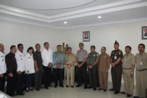 Dewan Ketahanan Nasional , Mayjen TNI Aris Martono Haryadi, Permasalahan Daerah , Minahasa Tenggara