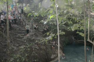 Objek Wisata Aer Konde di Minahasa Tenggara
