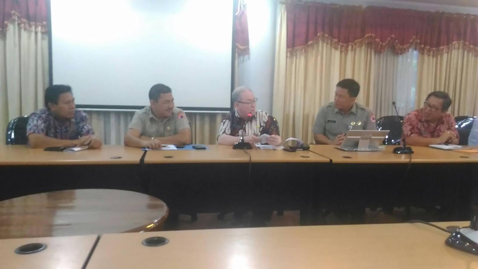 Pertemuan panitia pusat dan Pemprov Sulut, membicarakan persiapan kegiatan AMMDM dan ACDM Bulan Oktober 2016 mendatang