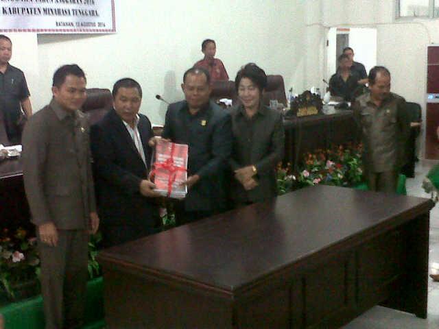 Kabupaten Mitra tetapkan APBD Perubahan tahun  2016 pertama di Sulut