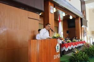 Wali Kota Tomohon Ajukan Ranperda APBD Perubahan Tahun 2016