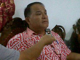 Mahasiswa UNIMA, kos tondano, Surat Domisili , Robert Ratulangi SPd, Camat Tondano Selatan