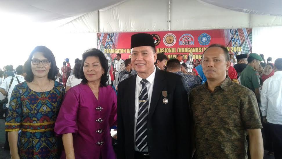 Wali Kota Jimmy F Eman SE Ak bersama jajaran Pemkot Tomohon di Harganas XXIII Kupang