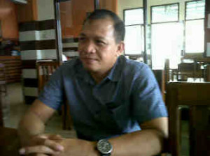 Pemerhati sosial , Jeferson Wanny Wantah MA,  Pemilihan hukum tua,