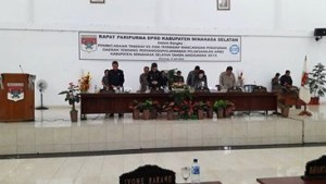 APBD Tahun 2015 ,DPRD Minsel,Paripurna  DPRD