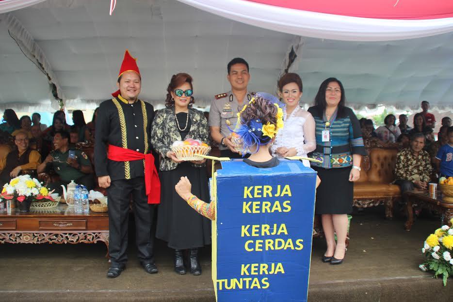 Wali Kota, Wakil Wali Kota, Kadis PU dengan moto Tomohon Kerja Keras, Kerja Cerdas dan Kerja Tuntas