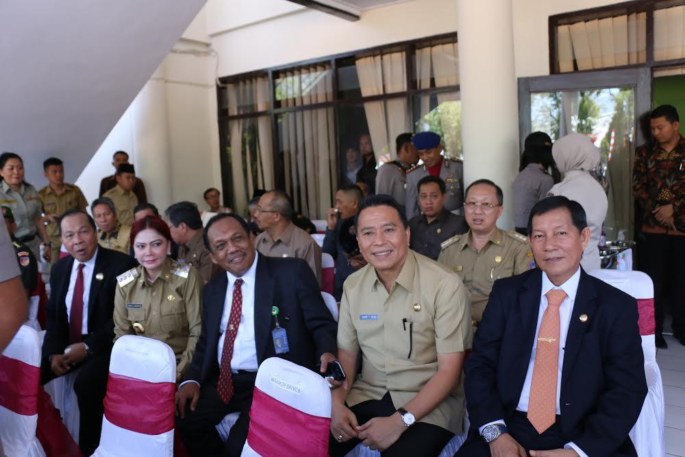 Wali Kota Tomohon Jimmy F Eman SE Ak saat menghadiri Peresmian Peningkatan Status Polda Sulut