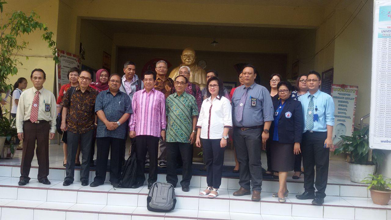 Tim Majelis  Badan Akreditas Nasional Perguruang Tinggi dan petinggi Unsrit