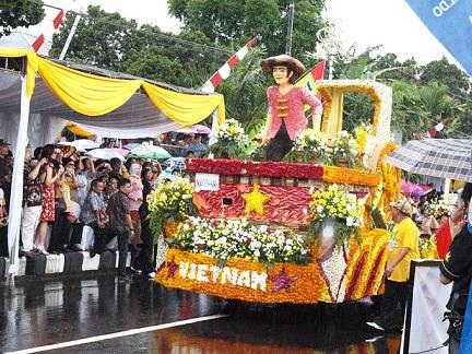 Float Vietnam, di ToF 2010