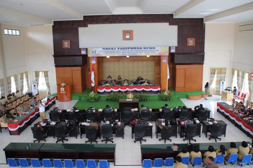 Rapat Paripurna Penutupan Masa Sidang Kedua dan Pembukaan Masa Sidang Ketiga tahun 2016