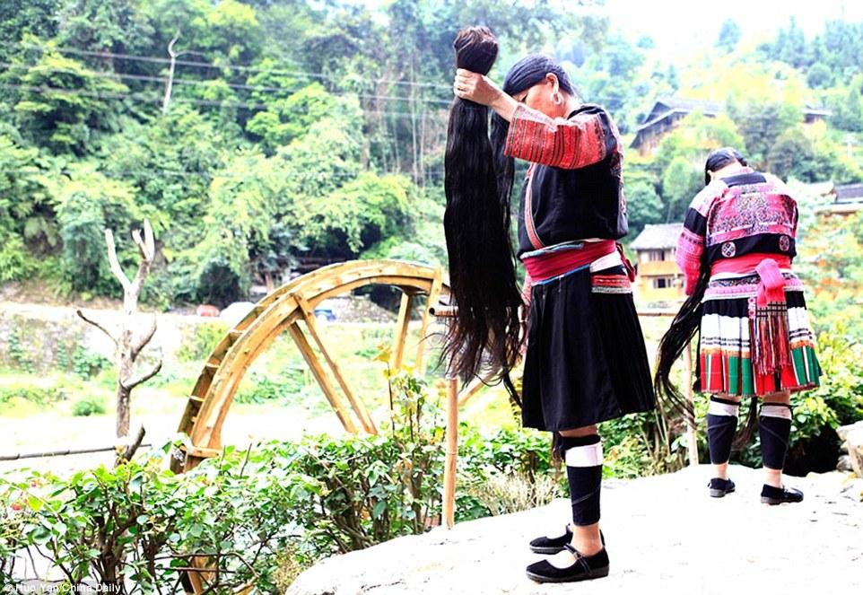 Desa Rapunzel, desa Huangluo, China, suku Yao