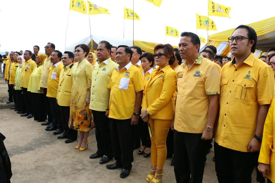 Pengurus Partai Golkar se-Sulut Dilantik di Amurang Minsel