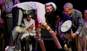 Ig Nobel , Charles Foster, ilmiah unik