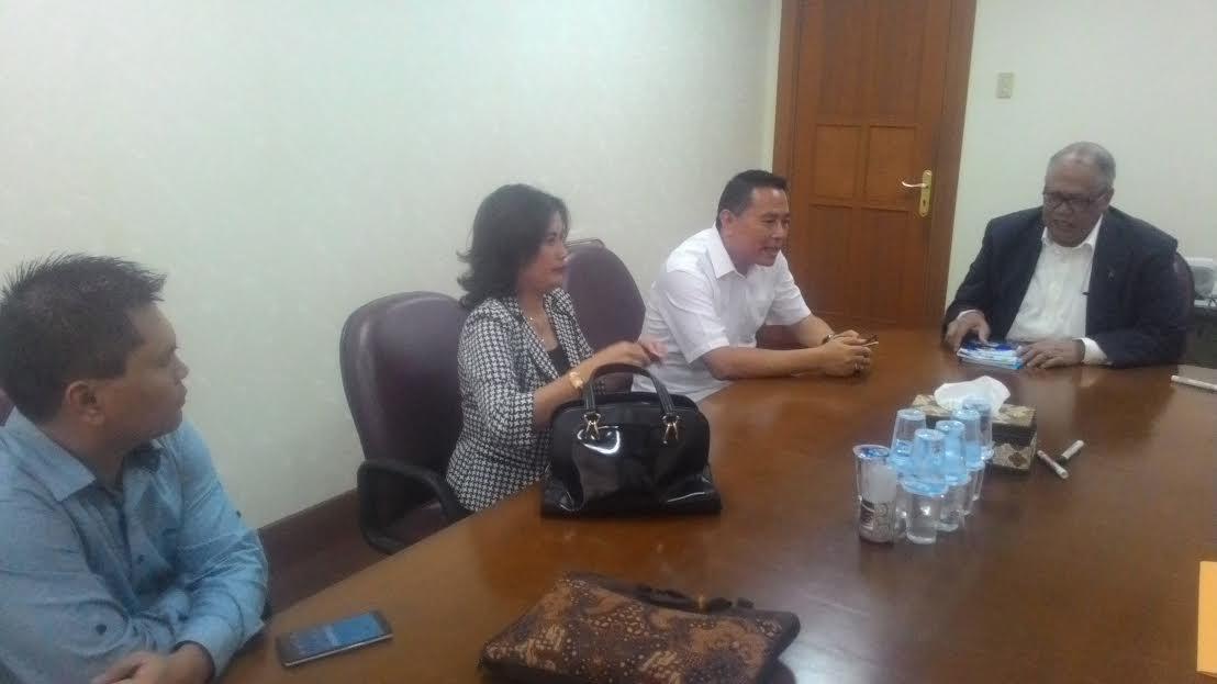 Wali Kota Tomohon Jimmy F Eman SE Ak dan jajaran konsultasi pengisian jabatan struktural ke KASN