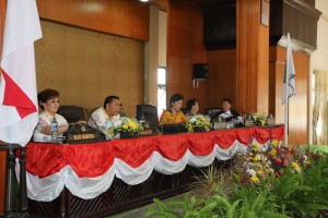 Semua Fraksi di DPRD Tomohon Setujui RAPBD Perubahan 2016 Dibahas Lanjut