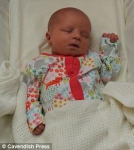 Tesco, Elsie Duckers, pemukulan bayi