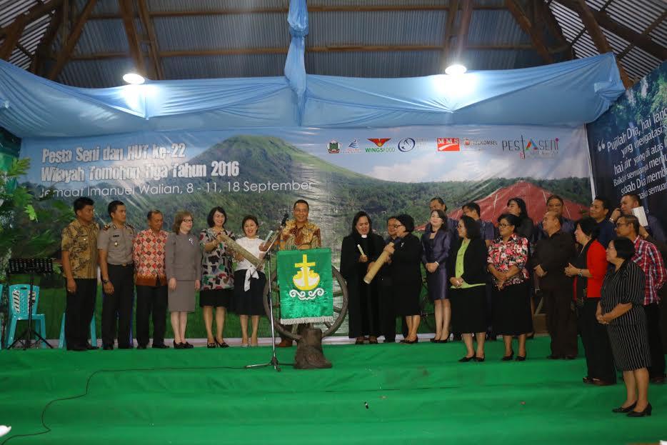 Pembukaan Kegiatan HUT ke-22 GMIM Wilayah Tomohon Tiga
