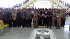 Bupati Minsel Pimpin Upacara Penghormatan dan Pelepasan Jenasah Alm. Pnt Ben BT Watung