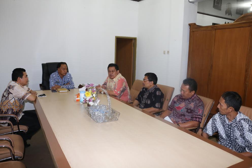 Kunjungan Pemkot Tangerang di Kota Tomohon