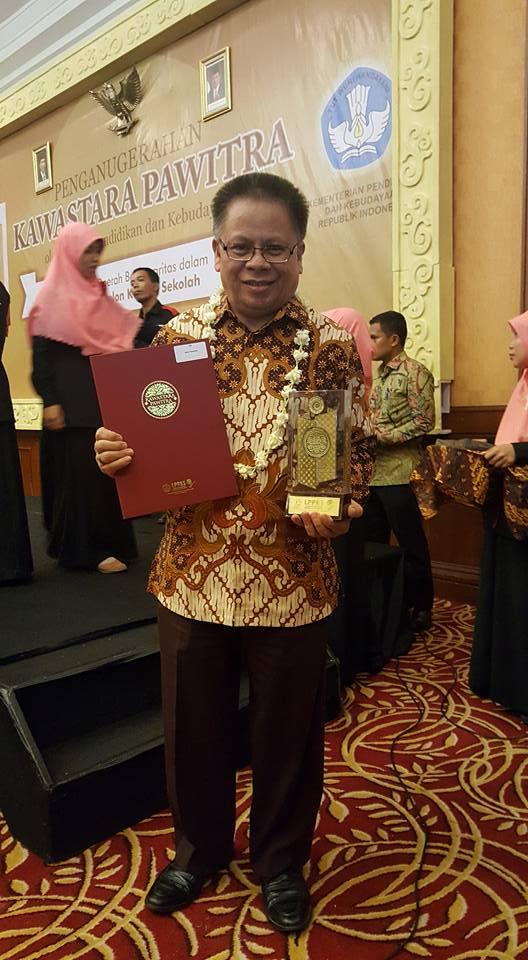 Penghargaan bagi Wali Kota Tomohon