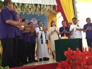 Ketua Sinode GMIM ,Pdt HWB Sumakul ,Pria Kaum Bapa,